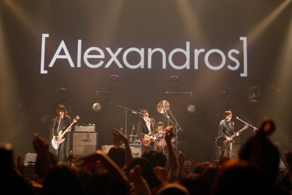 徹底解析*人気ロックバンド【Alexandros】 楽曲からファッションまで、その魅力を紐解く!